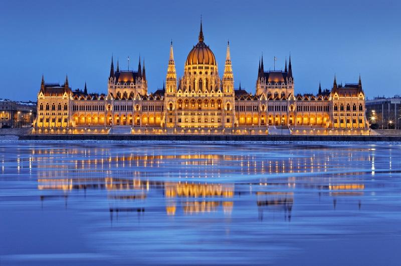 Mađarska: Referendum o migrantima