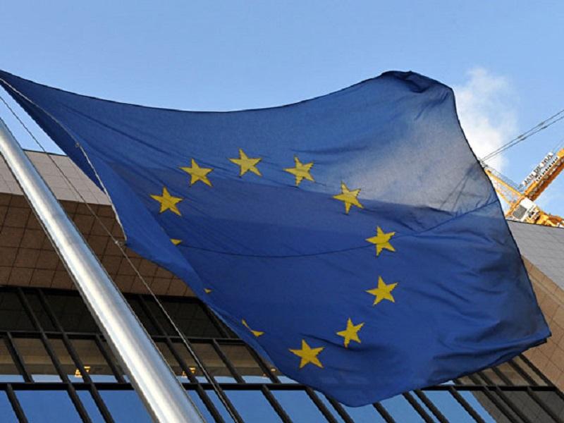 Poslanici Evropskog parlamenta traže uvođenje viza SAD i Kanadi