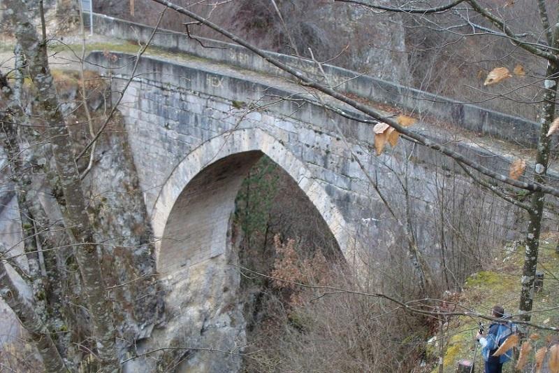 Obnavlja se čuveni most na Žepi