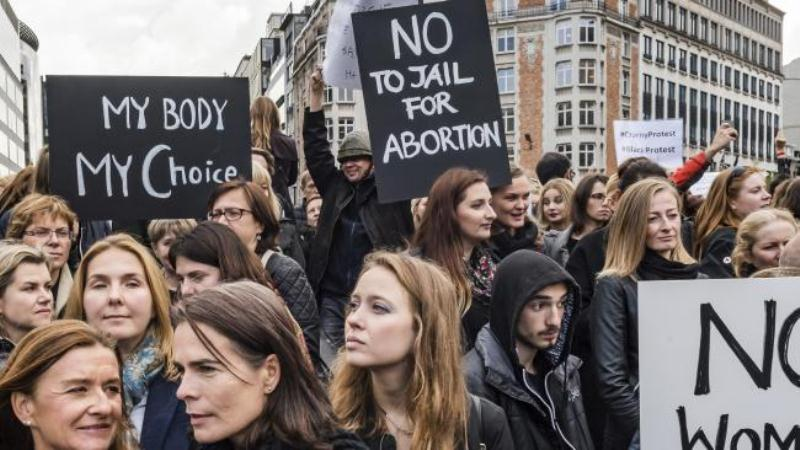 poljska-protest-abortusi-007