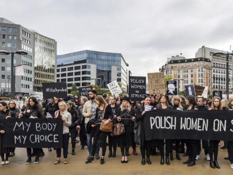 poljska-protest-abortusi-009