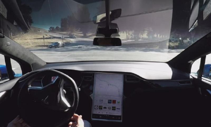 Riječ automobil sad ima smisla: Prvi snimak Teslinog vozila koje vozi samo