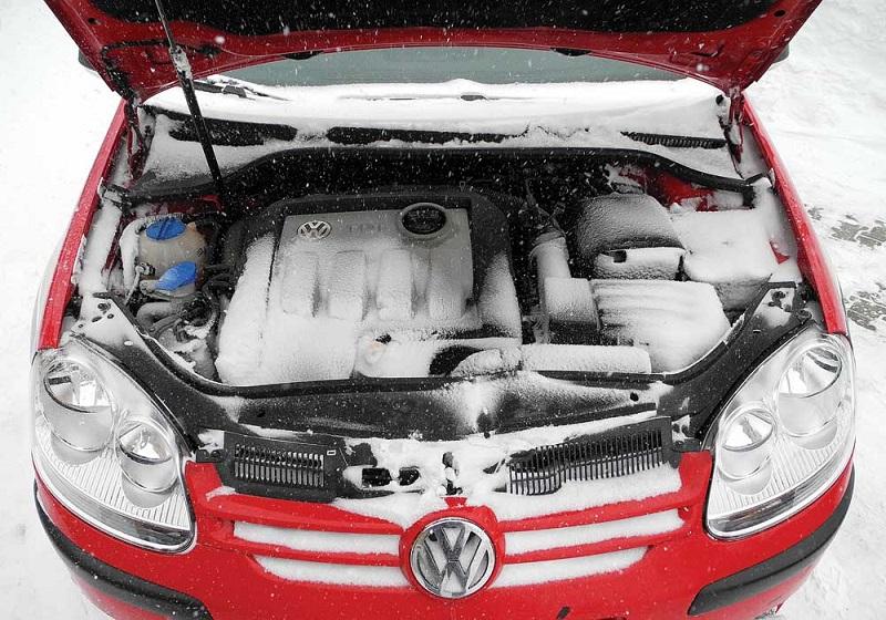 AMS RS i Kontakt vas savjetuju: Kako da pripremite auto za zimu