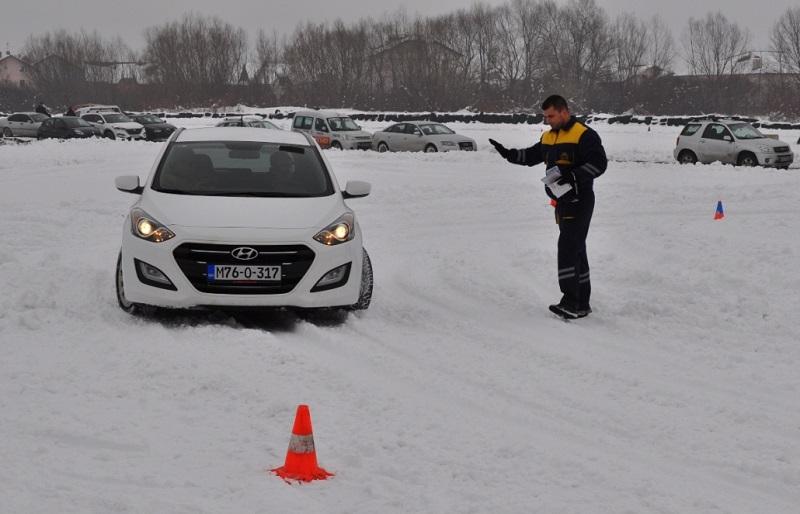 Novi treninzi vožnje po snijegu i ledu u subotu na Autodromu u Zalužanima