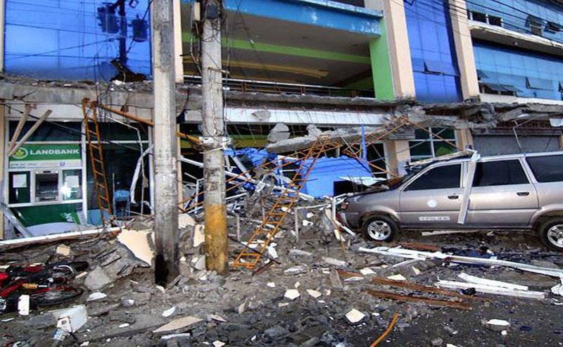 Snažan zemljotres pogodio Filipine, najmanje 15 mrtvih