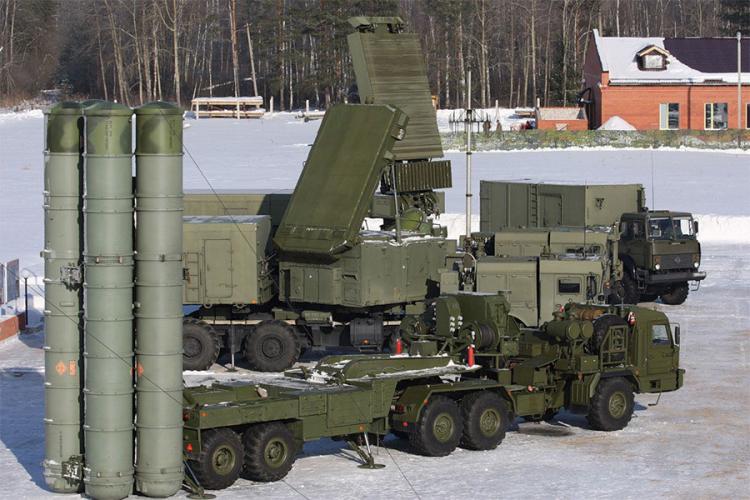 Protivraketna jedinica presrela vazdušne mete iznad Moskve