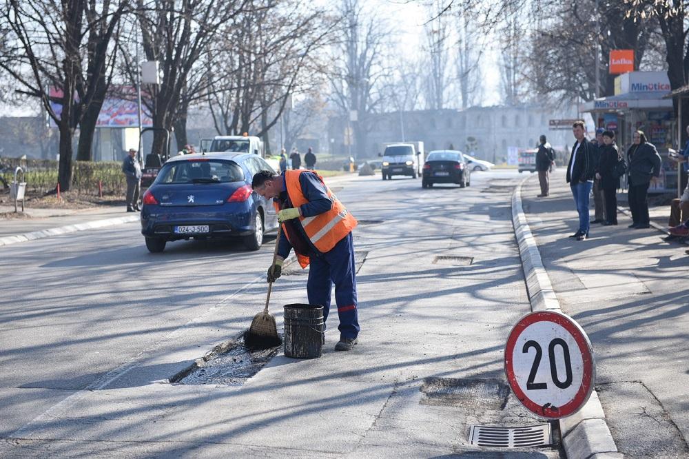 Počelo redovno održavanje saobraćajnica