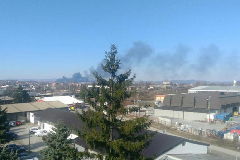 Požar na deponiji u Ramićima, gusti dim iznad Banjaluke