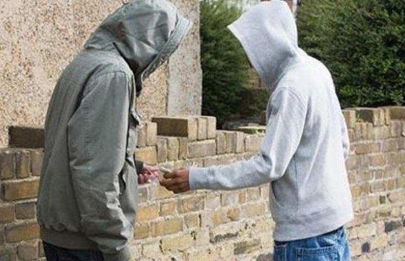 Banjaluka: Tjerao maloljetnike da prodaju drogu
