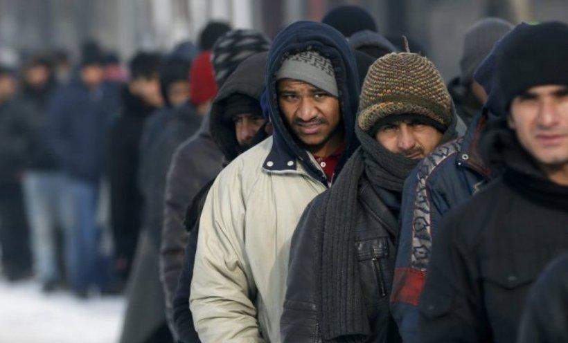 Migranti u Obrenovcu napali majku sa bebom