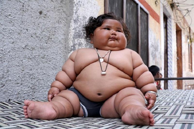 Najteža beba na svijetu, ima osam mjeseci i 17 kilograma