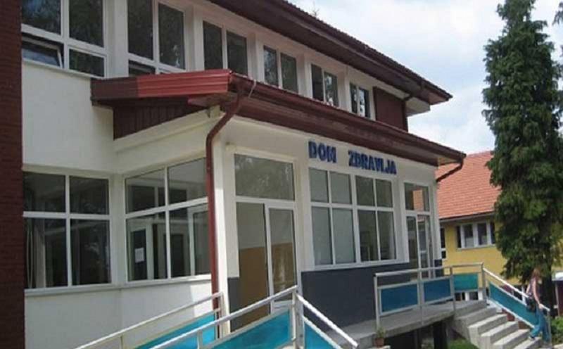 Otključali Dom zdravlja u Vlasenici, odnesen EKG aparat
