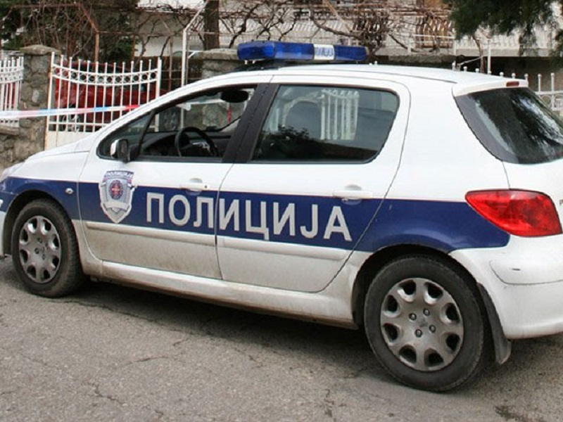 Dramatična noć u Beogradu: Јedan mladić izboden, drugi upucan