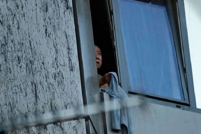 London: Majka bacila bebu s 10. sprata zbog požara