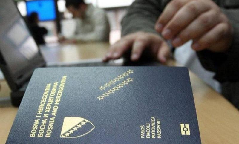 Ukrao pasoš i pokušao avionom otići iz BiH