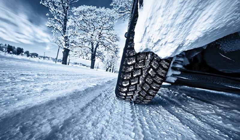 Saobraćaj otežan i usporen zbog snijega
