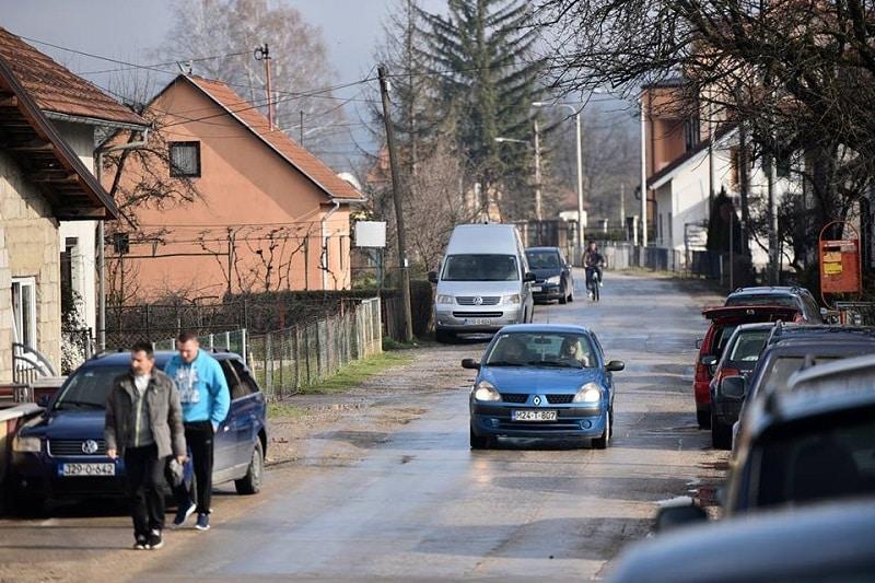 Počeli radovi na rekonstrukciji glavne ulice u Česmi
