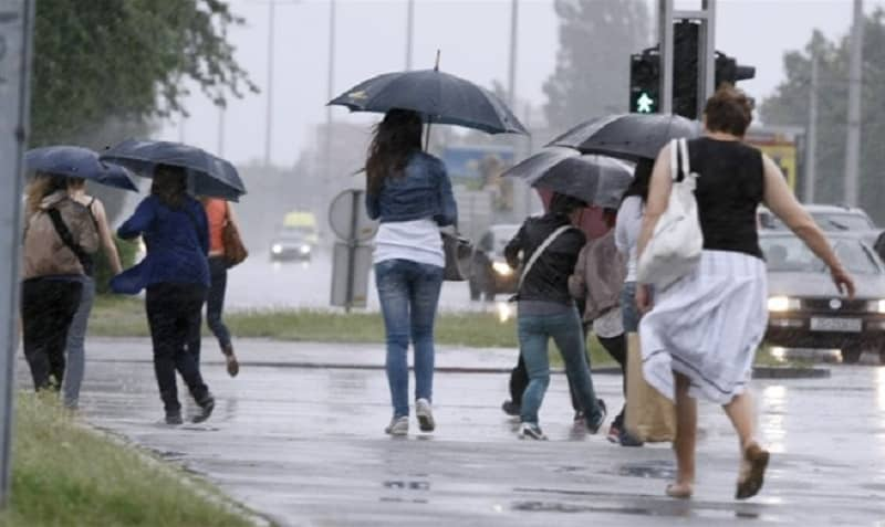 U ponedjeljak povremeno olujni udari vjetra, narednih dana biće i kiše