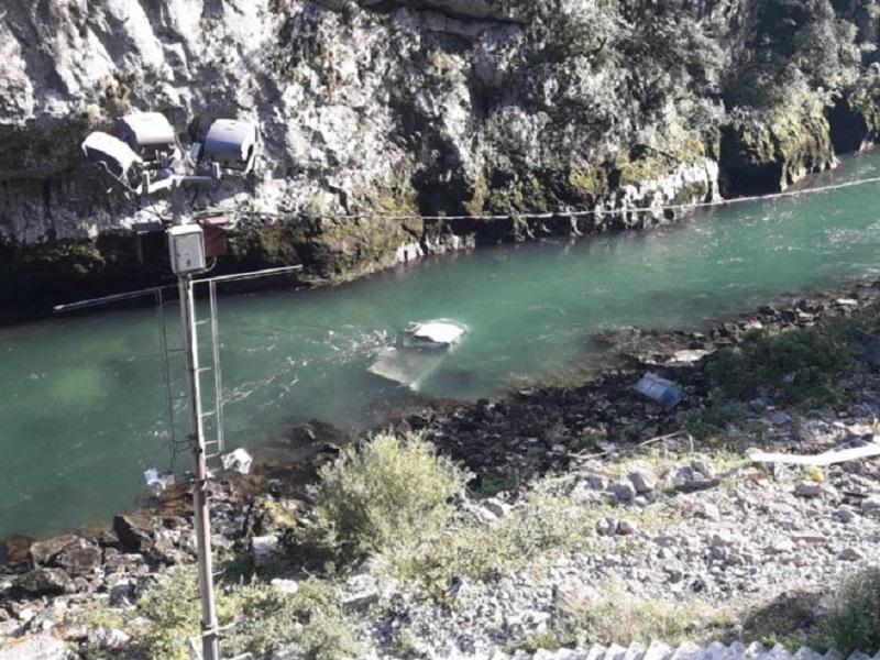 Detalji nesreće kod Banjaluke: Poginuo radnik iz Jezera, prekinuta potraga za tijelom zbog mraka