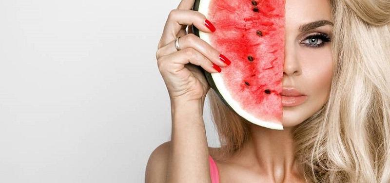 Napravite masku od lubenice za sjajnu kožu
