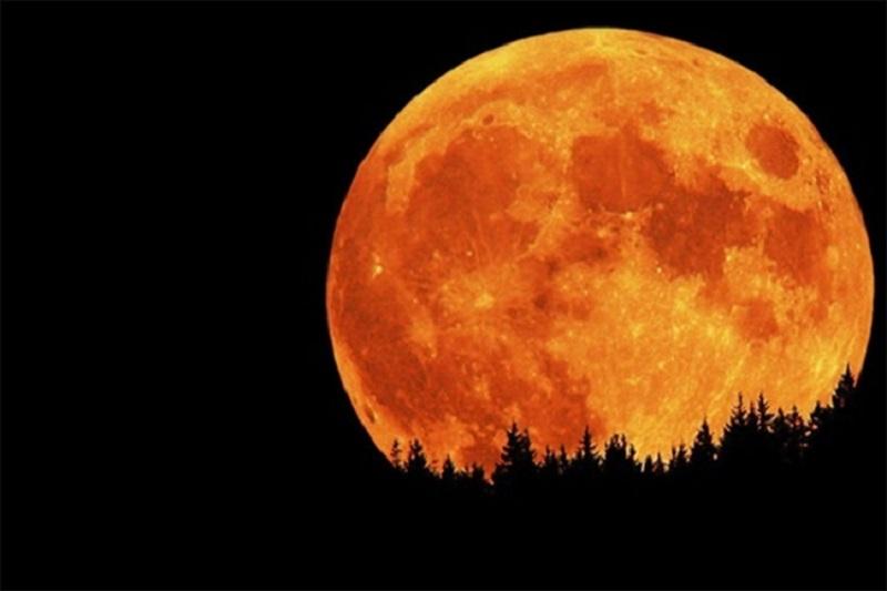 Večeras pomračenje Mjeseca, najduže u ovom vijeku
