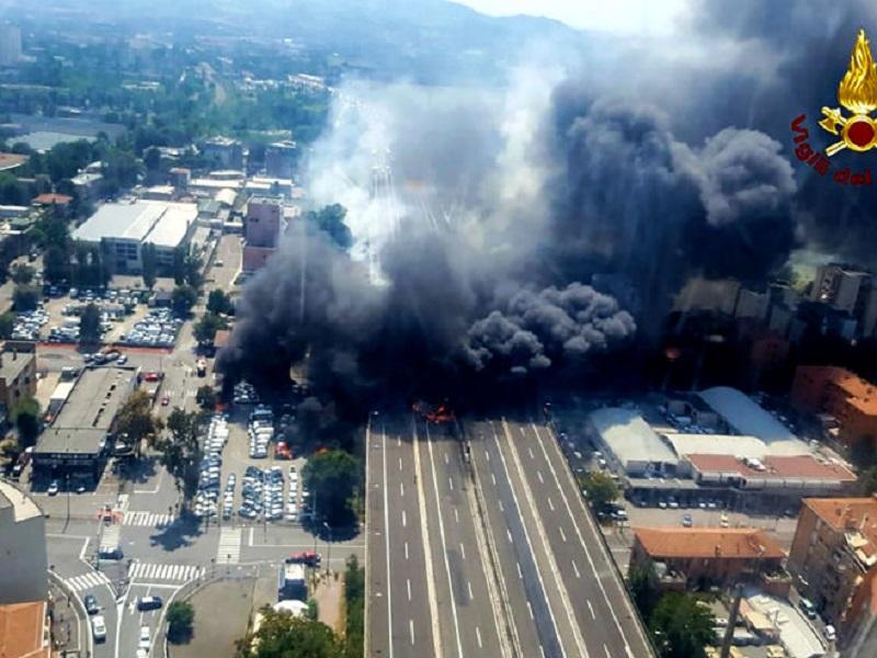 Eksplozija na auto-putu u Bolonji, dvoje mrtvih