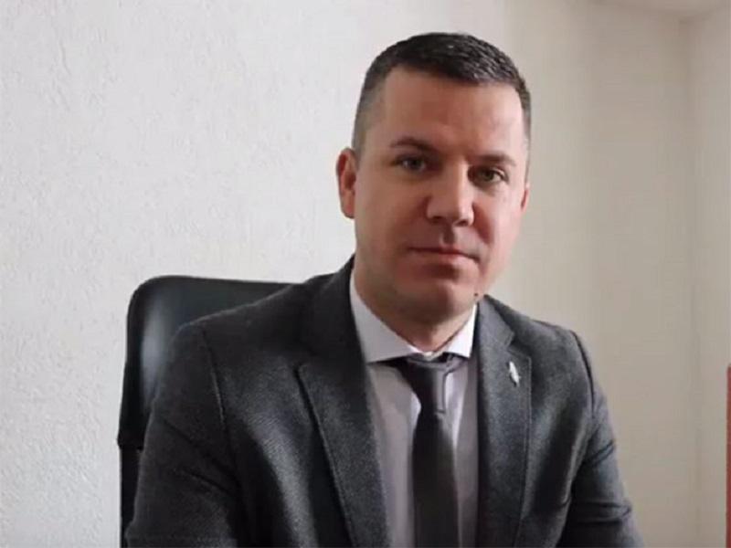 Pucano na načelnika opštine Vukosavlje