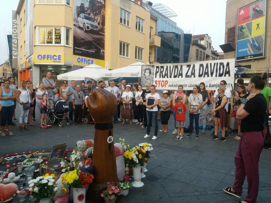 Građani 140. put na trgu kao podrška porodici Dragičević