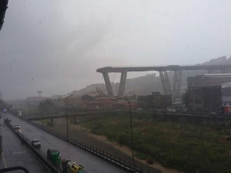 Srušio se vijadukt u Đenovi – najmanje 35 mrtvih (FOTO/VIDEO)