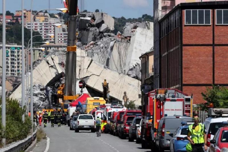 Građani Đenove upozoravali nadležne da most propada