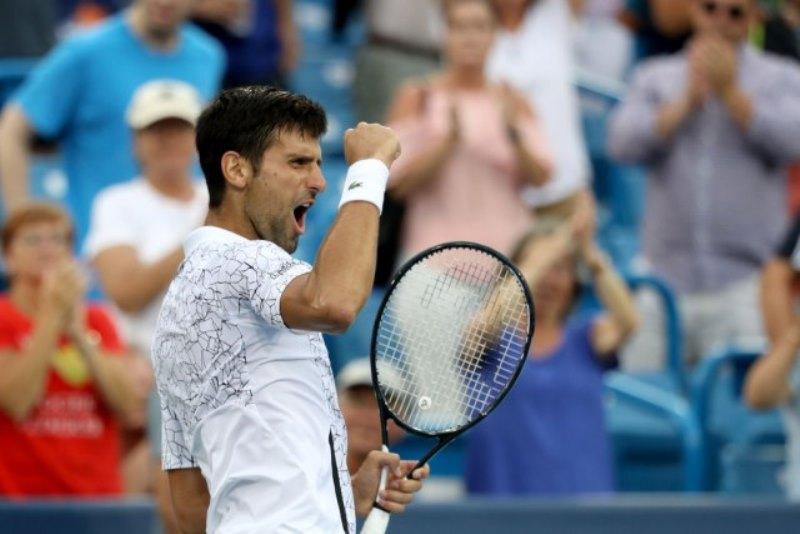 Istorija – Đoković pobjedom nad Federerom do  Golden Mastersa!
