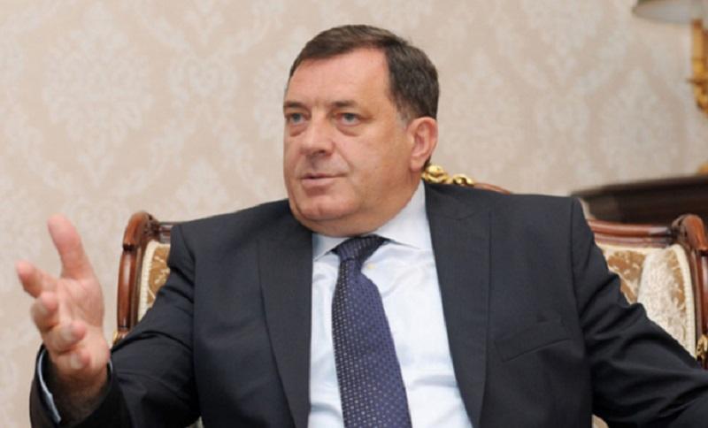 Dodik: Opozicija planira da otme 50 kamiona izbornog materijala