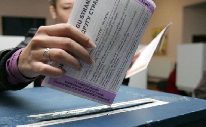 Sigurne mandate čekaju 842 kandidata
