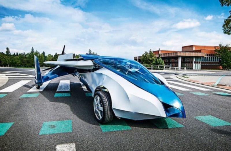 Japanci počeli praviti leteći automobil, na tržištu do 2020.