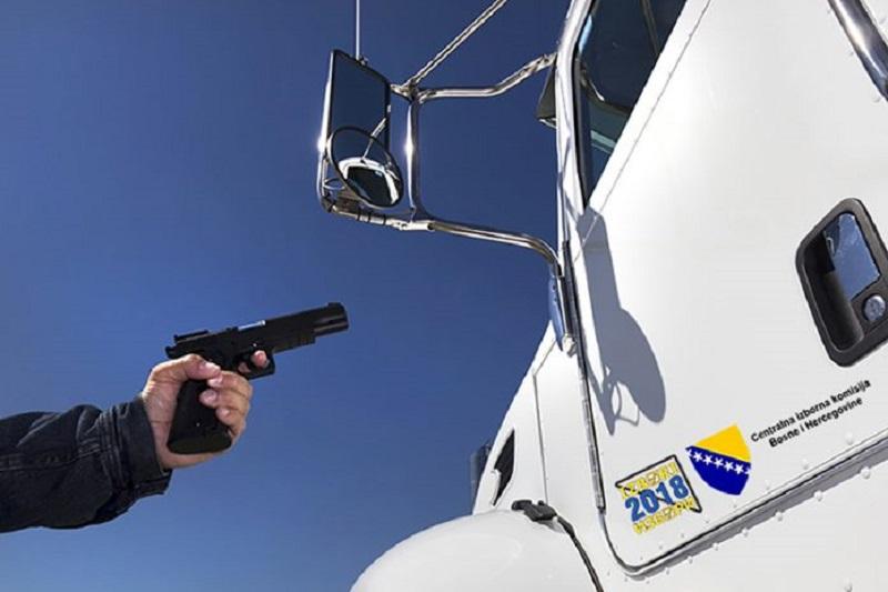 PDP: Nećemo otimati kamione, biće još izmišljotina do oktobra