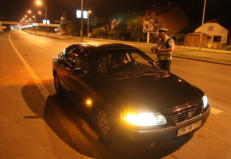 Rigorozno protiv pijanica za volanom: Od oktobra u Srpskoj alko-test svih vozača