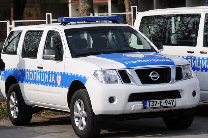 Maloljetnik povrijeđen u saobraćajnoj nezgodi, prevezen u Banjaluku