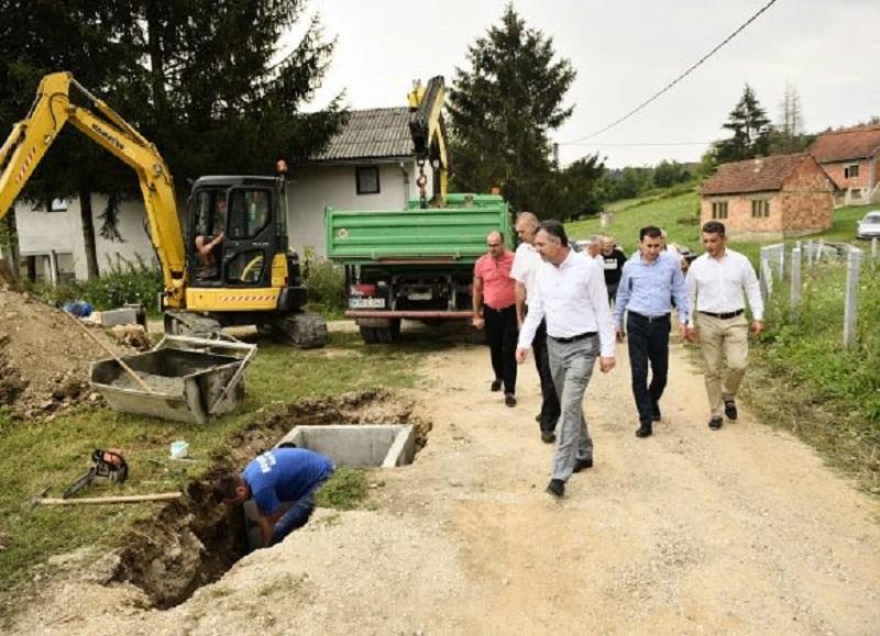 Izgradnja novih vodovoda u Šargovcu i Česmi