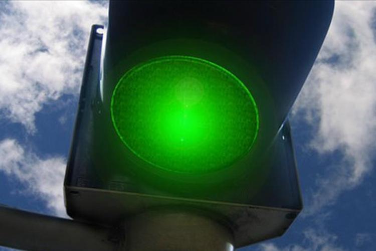 Vozači, oprez: Semafor kod skretanja za Šargovac pokazuje zeleno za sve pravce
