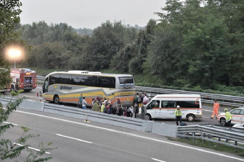 Generalni konzulat BiH: Lakše povrijeđena 22 učenika