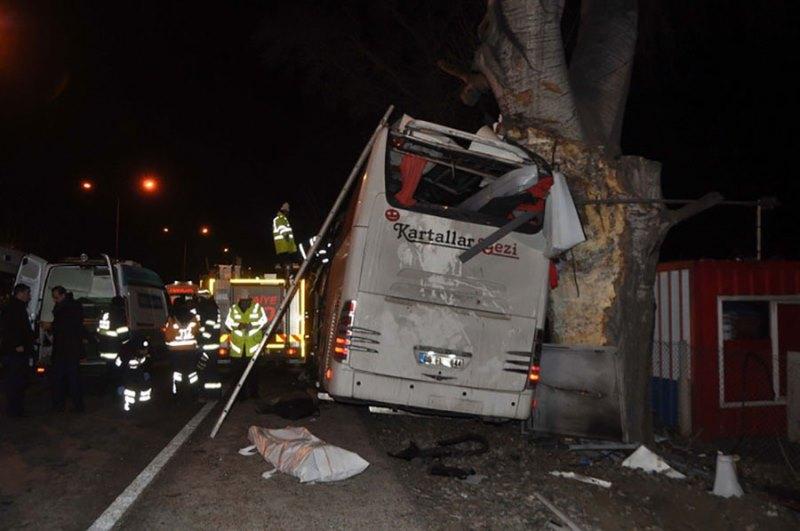 Turska: Autobus sletio u provaliju, najmanje 6 osoba poginulo