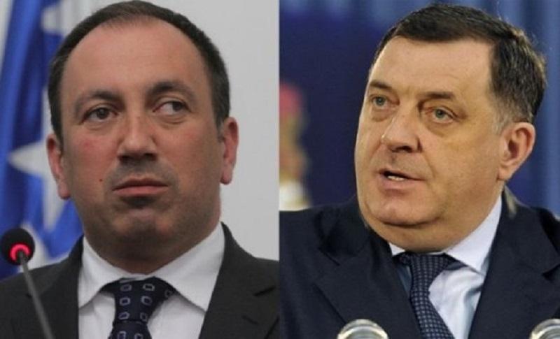 Crnadak: Dodik bio domaćin Pacoliju; Dodik: Nikad ga nisam sreo