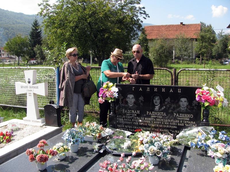 Sjećanja na brata i sestru Galinac, prve žrtve NATO bombardovanja u Srpskoj
