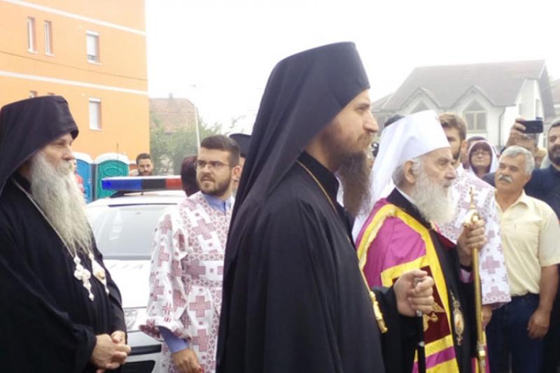 Patrijarh Irinej osveštao Hram u Bihaću