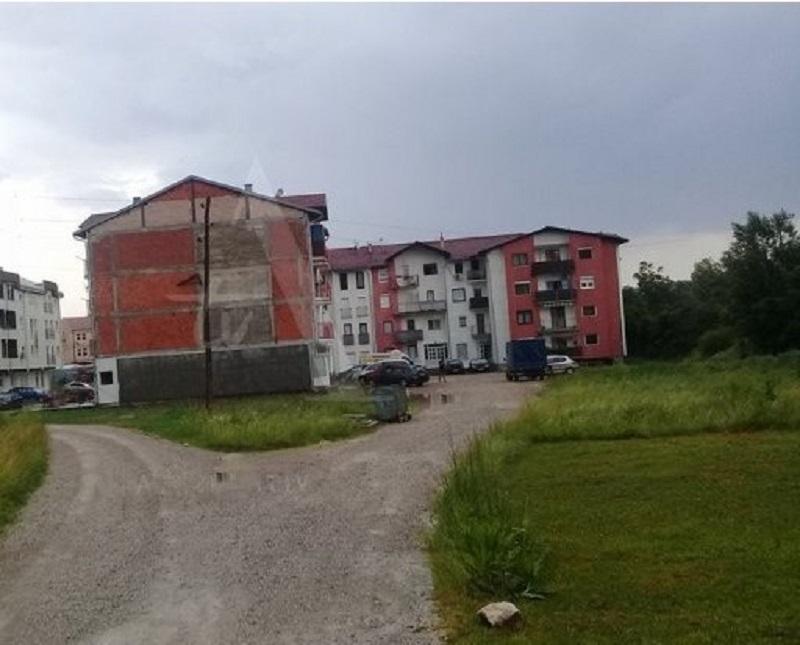 Radojičić: Grad će riješiti problem kanalizacije spornih zgrada u Lazarevu