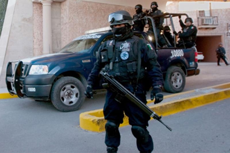 Pucnjava na trgu u Meksiko Sitiju, tri osobe ubijene, sedam ranjeno