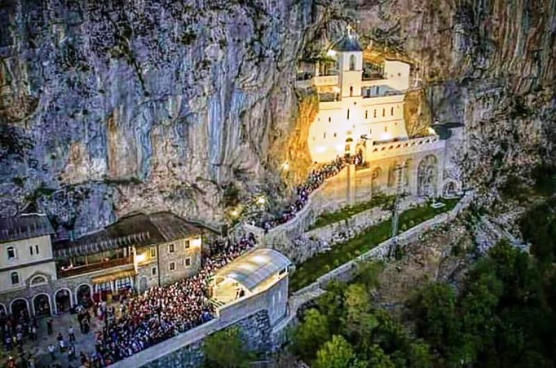 Pokloničko putovanje u manastir Ostrog