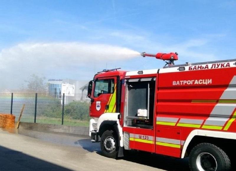 Vatrogasci dobili vozilo za gašenje industrijskih požara