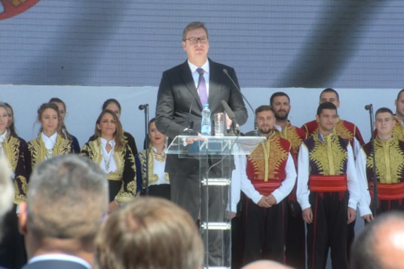 Vučić: Odavde nema nazad, i u dobru i u zlu bićemo uz svoj narod