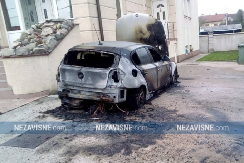 BMW izgorio u Banjaluci